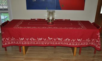 Chicken and duck red tablecloth