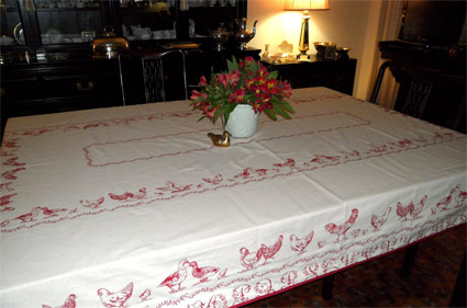 hen design tablecloth