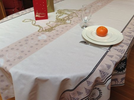 blush and beige colour coated holidays tablecloth