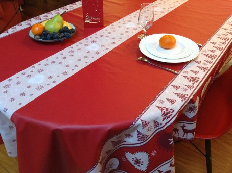 teflon treated christmas tablecloth with reindeers