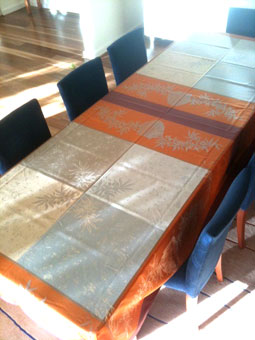 12 seater jacquard tablecloth