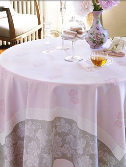 pink coated Jacquard tablecloth